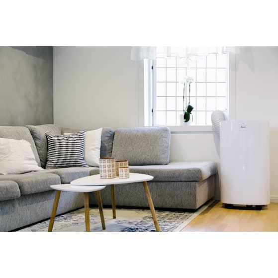 Wood's Cortina Silent livingroom.jpg